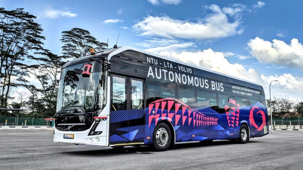 NTU-LTA-Volvo Autonomous Bus - Nearside (Photo: NTU)