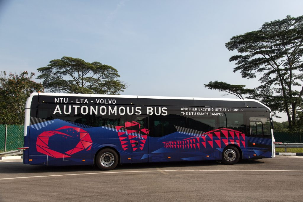 NTU-LTA-Volvo Autonomous Bus - Side (Photo: Ore Huiying/Bloomberg)