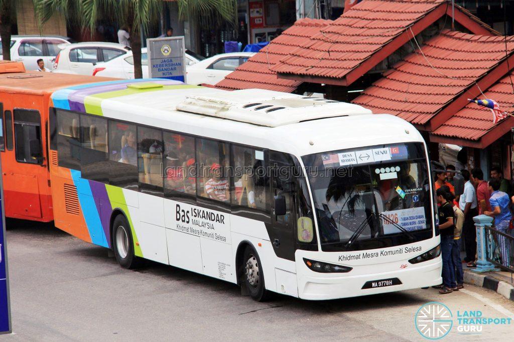 S&S InternationalSksbus SA12-300 (WA9778H) - Route IM26