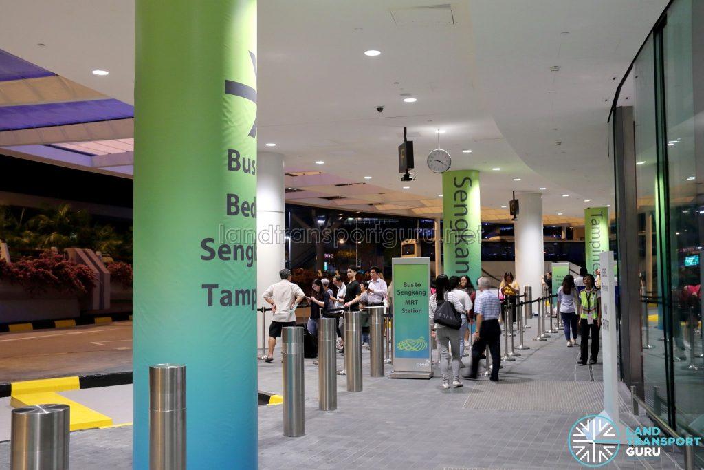 JEWEL Changi Airport - Free Shuttle Bus to Sengkang MRT Station