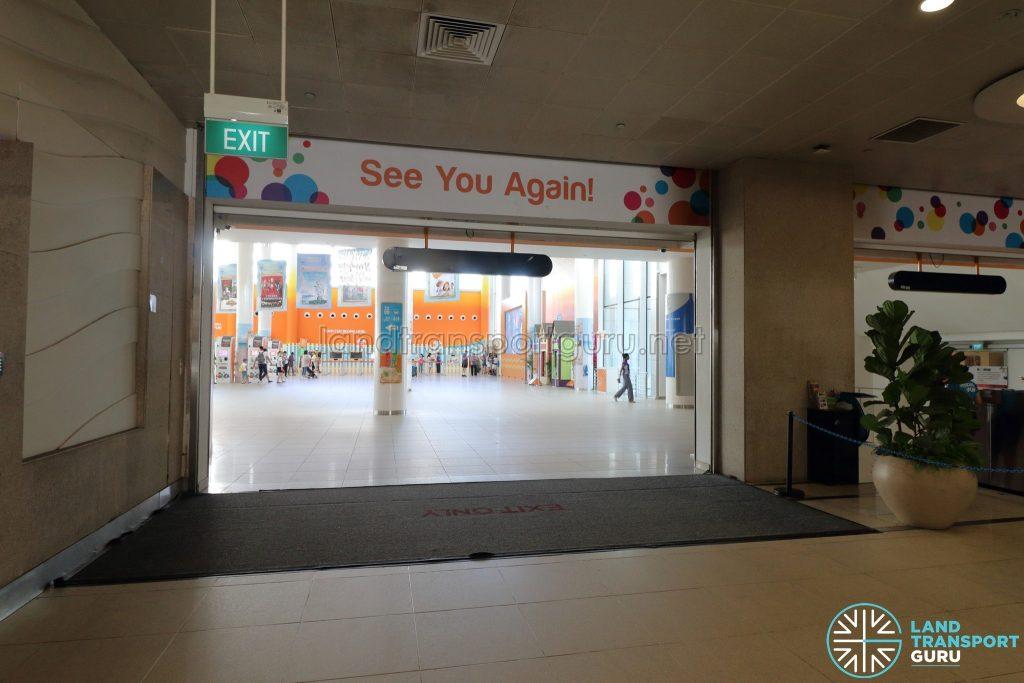 VivoCity Station - Exit to VivoCity Mall