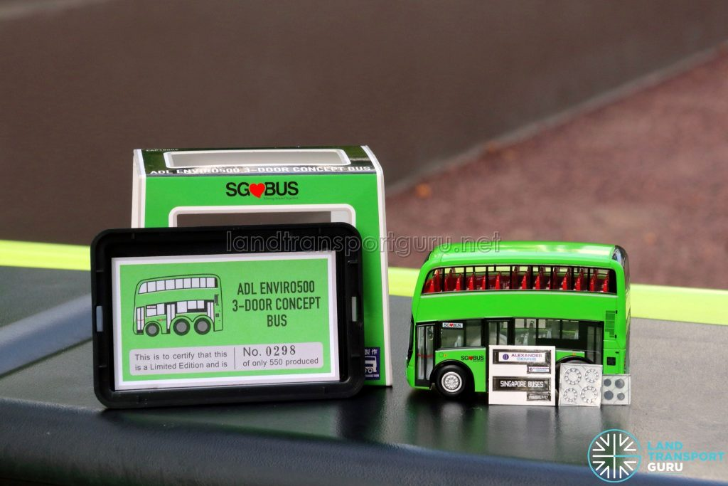 EAP ADL Enviro500 3-Door Concept bus model - Packing Contents