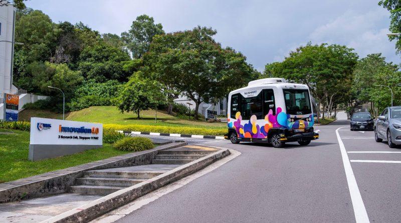 NUSmart Shuttle (EasyMile EZ10)