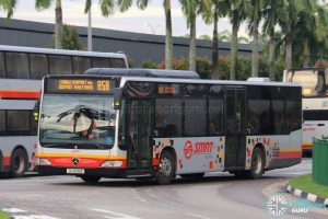 Bus 858 - SMRT Buses Mercedes-Benz Citaro (SG1695B)