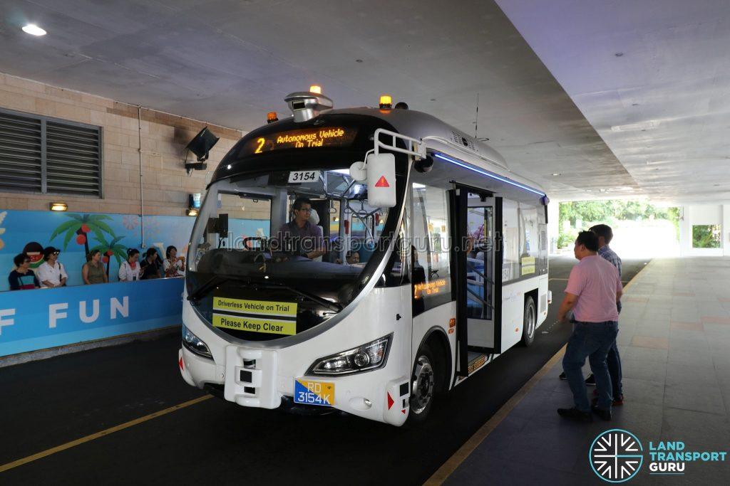 ST Autobus - Sentosa Trial (at Beach Station)