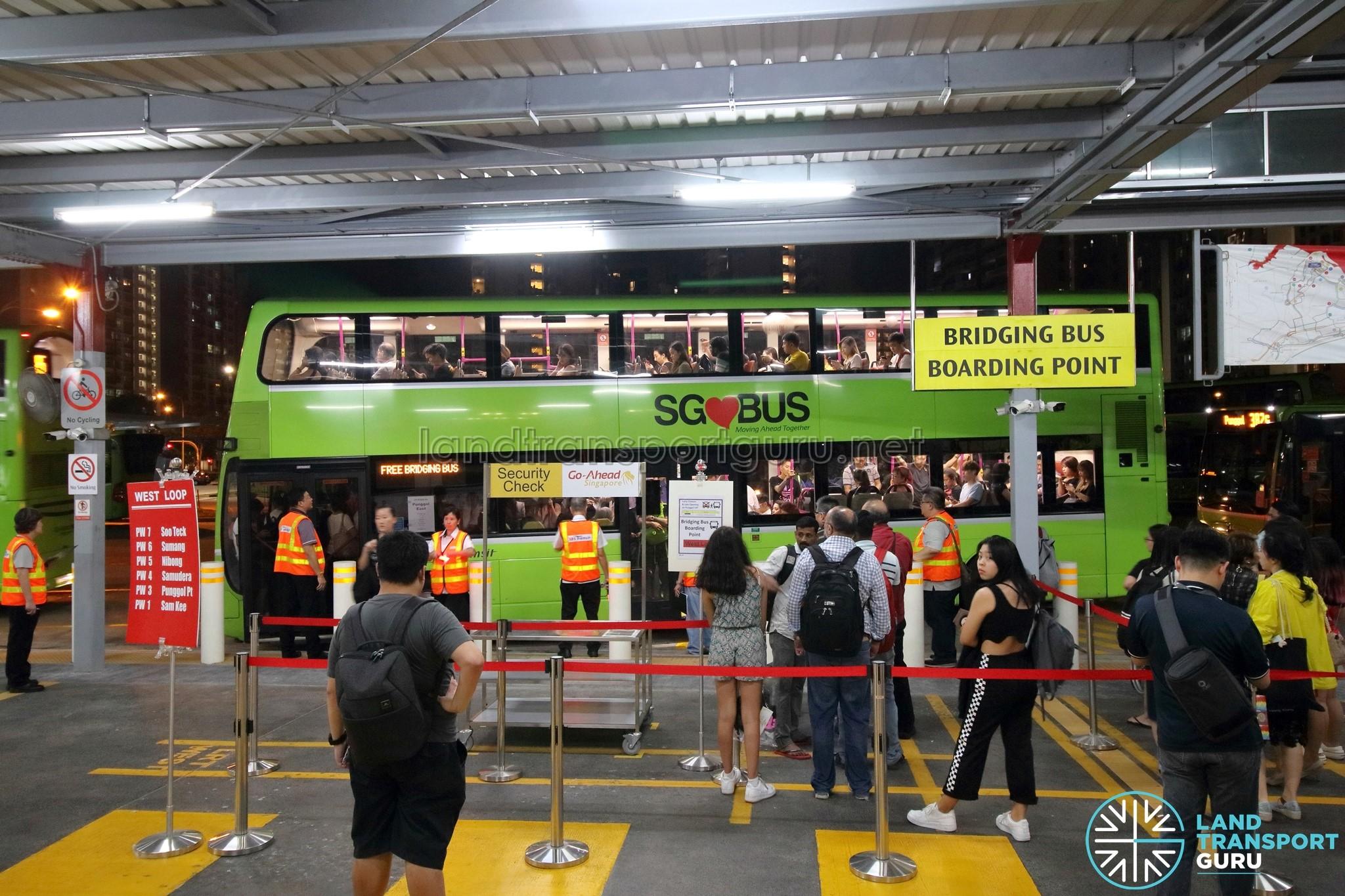 PGLRT Bridging Bus - Bus queue