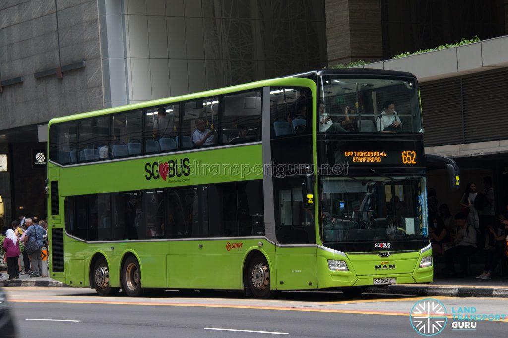 Bus 652: SMRT MAN Lion's City DD A95 (SG5942L)