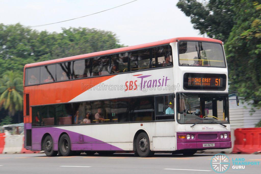 Bus 51: SBS Transit Dennis Trident (SBS9671E)