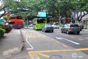 Bus-only turn lane at Somerset Road