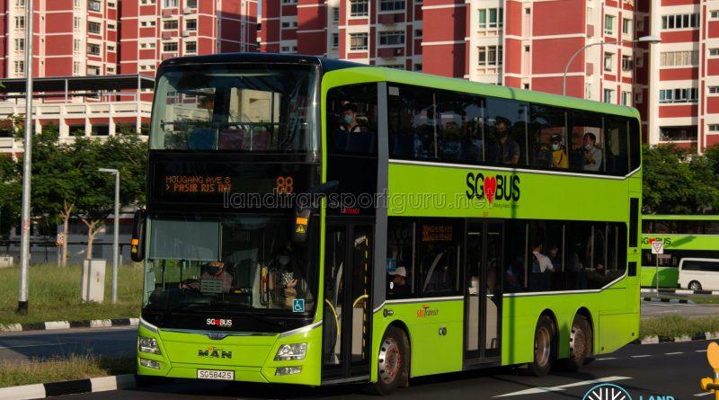 Bus 88: SBS Transit MAN Lion's City DD A95 (SG5842S)