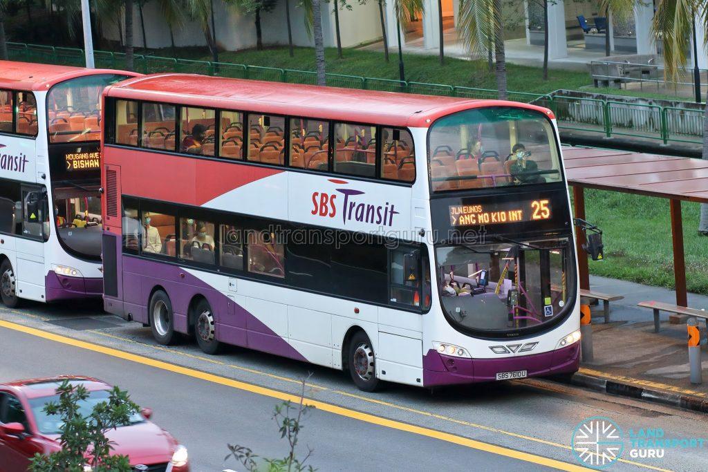 Bus 25: SBS Transit Volvo B9TL Wright (SBS7610U)