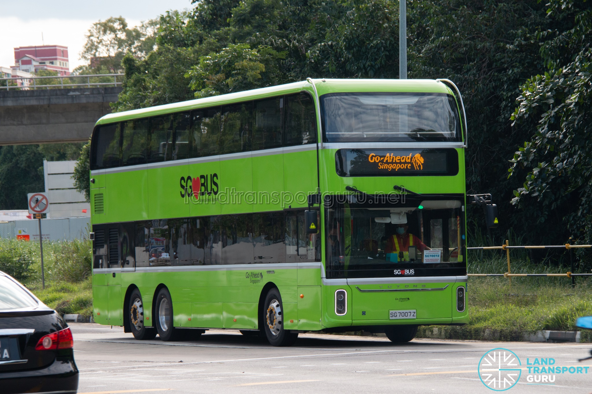 Yutong E12DD Electric Bus