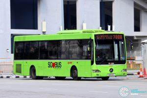 Bus 700A: SMRT Mercedes-Benz OC500LE (SMB126G)