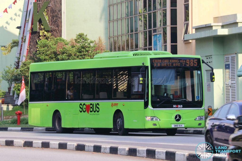 Bus 985: SMRT Mercedes-Benz OC500LE (SMB19H)