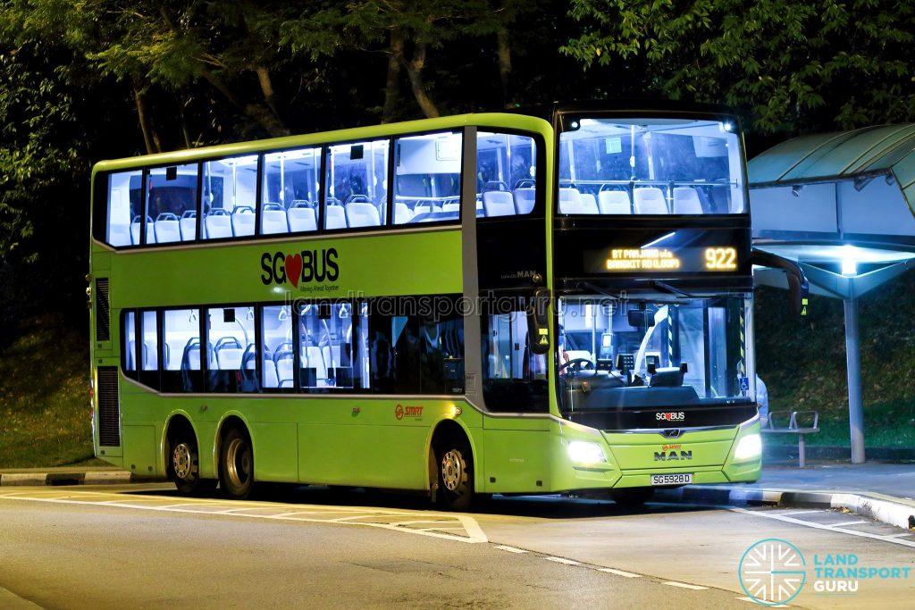 Bus 922: SMRT MAN Lion's City DD A95 (SG5928D)