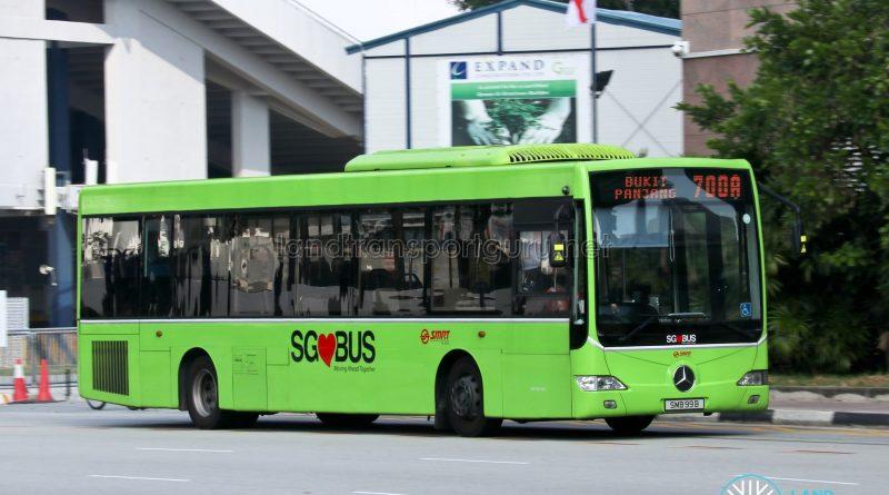 Bus 700A: SMRT Mercedes-Benz OC500LE (SMB99B)