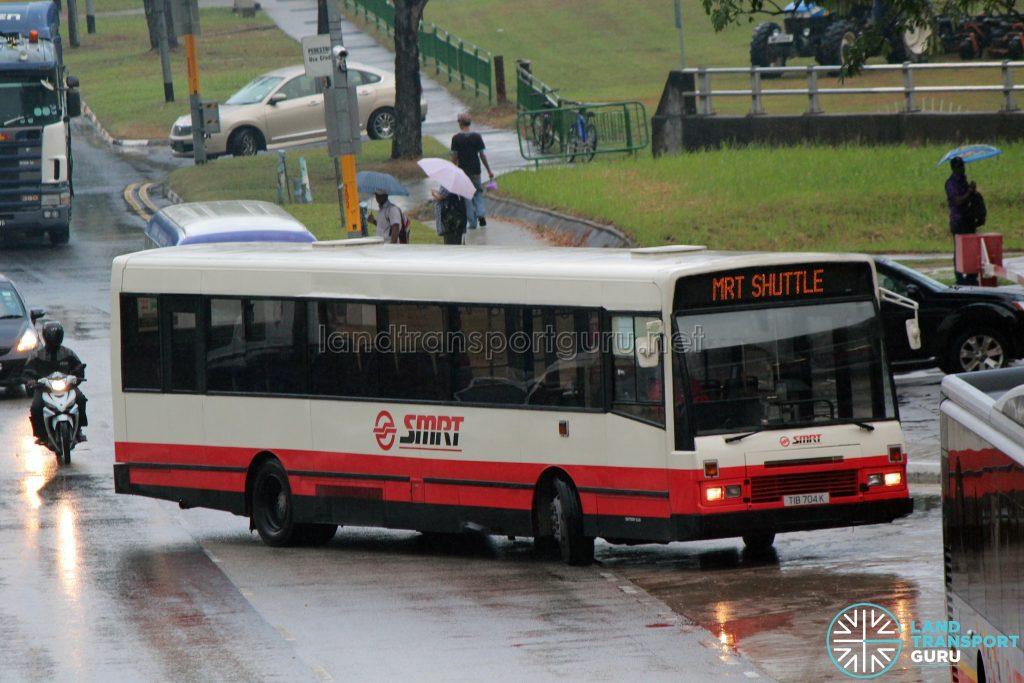 MRT Shuttle: SMRT DAF SB220 (TIB704K)