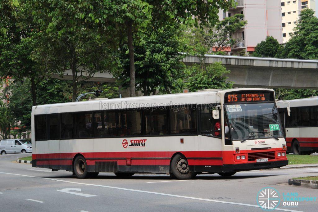 Bus 975: SMRT DAF SB220 (TIB707C)