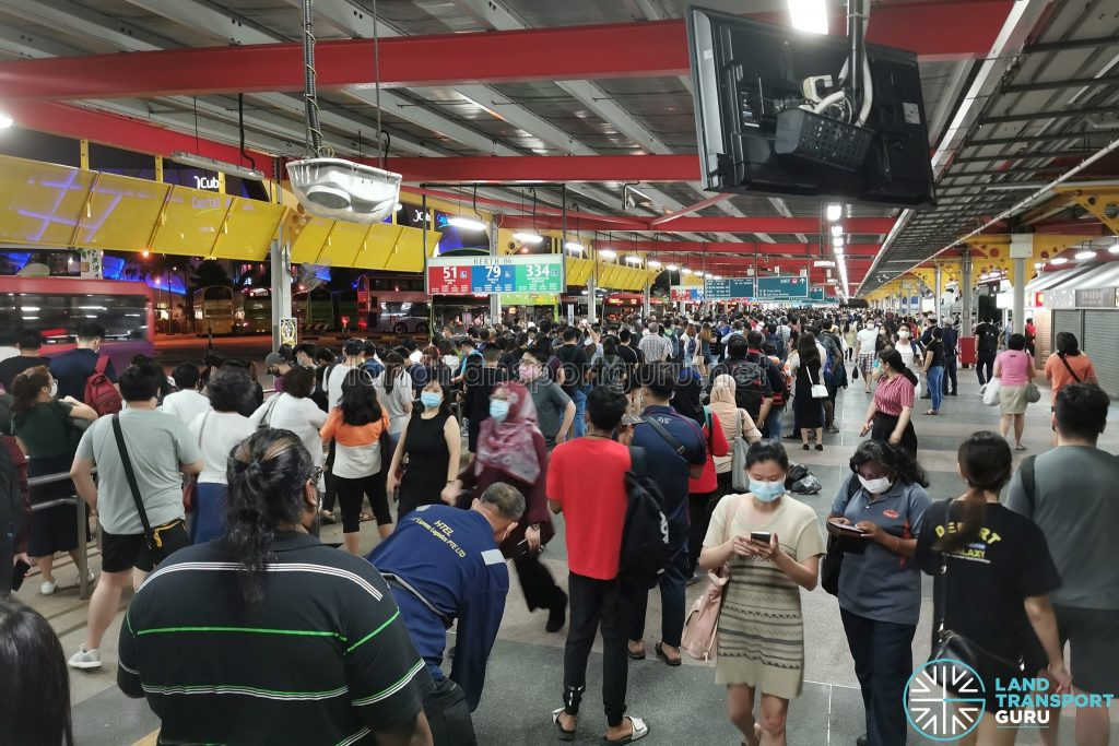 Crowd Level at Jurong East Temp Int during MRT Disruption on 14 Oct 2020