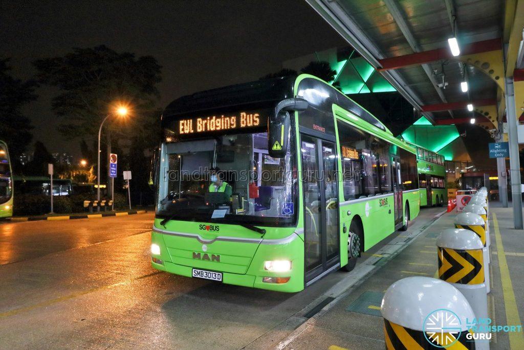 Tower Transit EWL Free Bridging Bus (SMB3013D) at Jurong East Temp Int