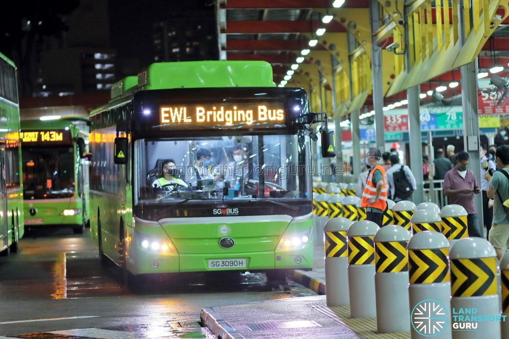 Tower Transit EWL Free Bridging Bus (SG3090H) at Jurong East Temp Int