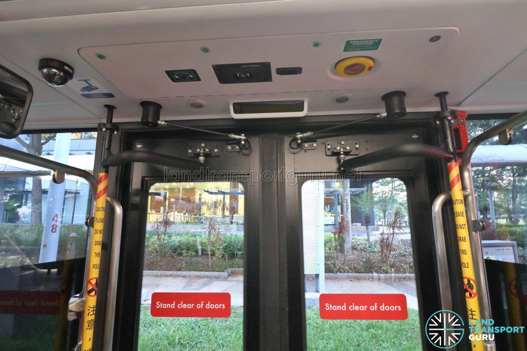 Yutong E12DD - Interior (Rear Door)
