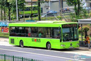 Bus 975 - SMRT Buses Mercedes-Benz OC500LE (SMB13Z)