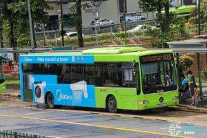 Bus 975 - SMRT Buses Mercedes-Benz OC500LE (SMB39A)