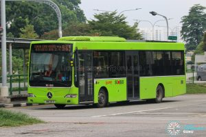 Bus 985 - SMRT Buses Mercedes-Benz OC500LE (SMB88H)